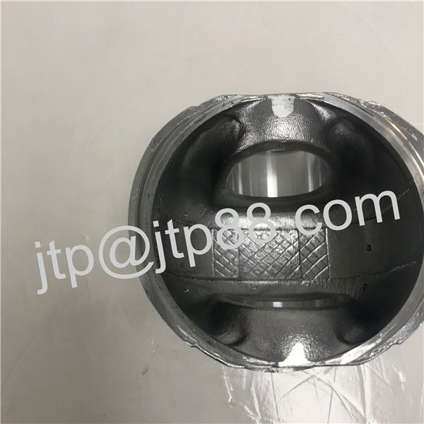 Aluminum Alloy Diesel Engine Piston For Nissan ND6 OEM 12011-95000